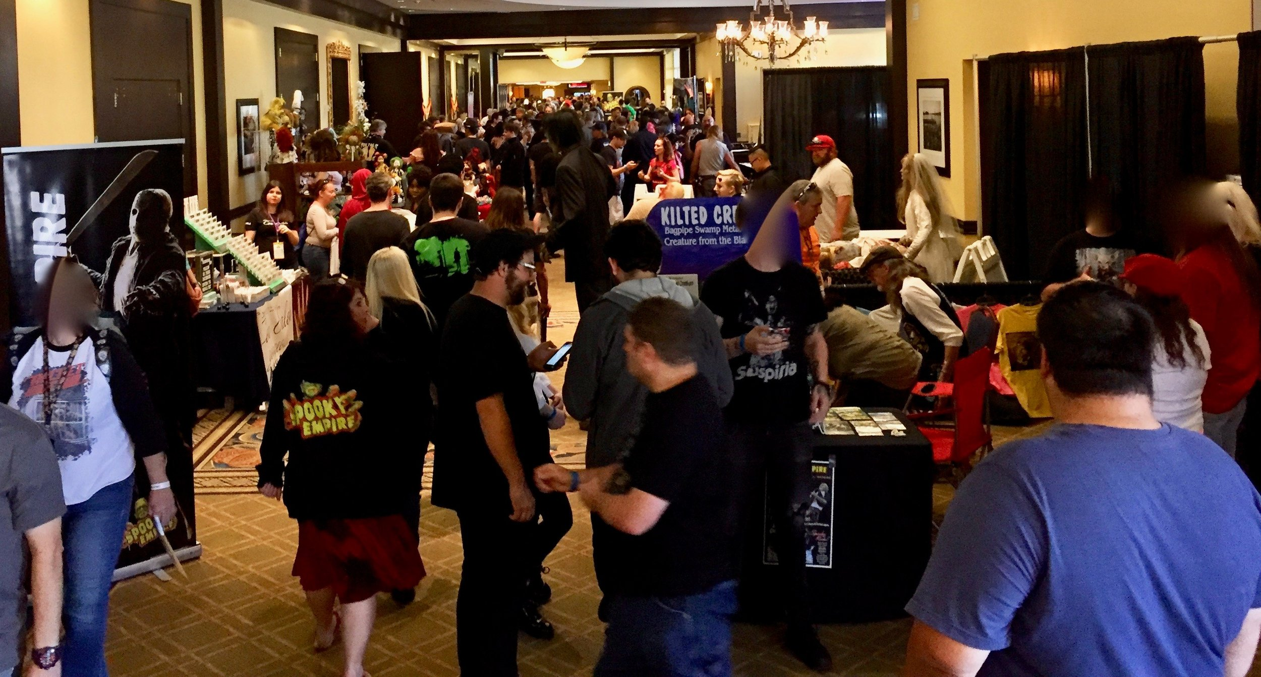 Crowded hallways as far as the eye can see? Must be Saturday at Spooky Empire!
