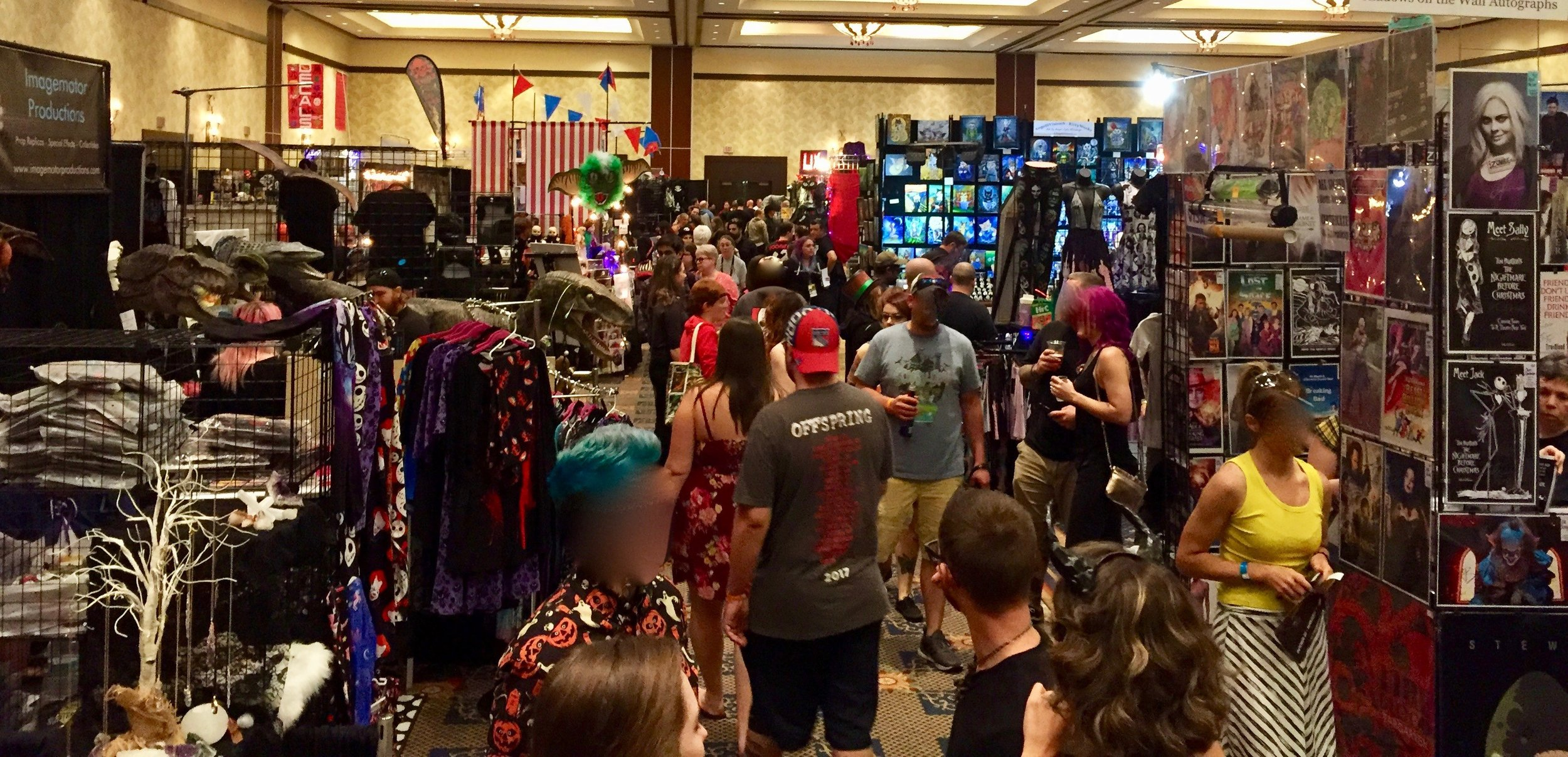 The famous Spooky Empire vendors room from another angle.