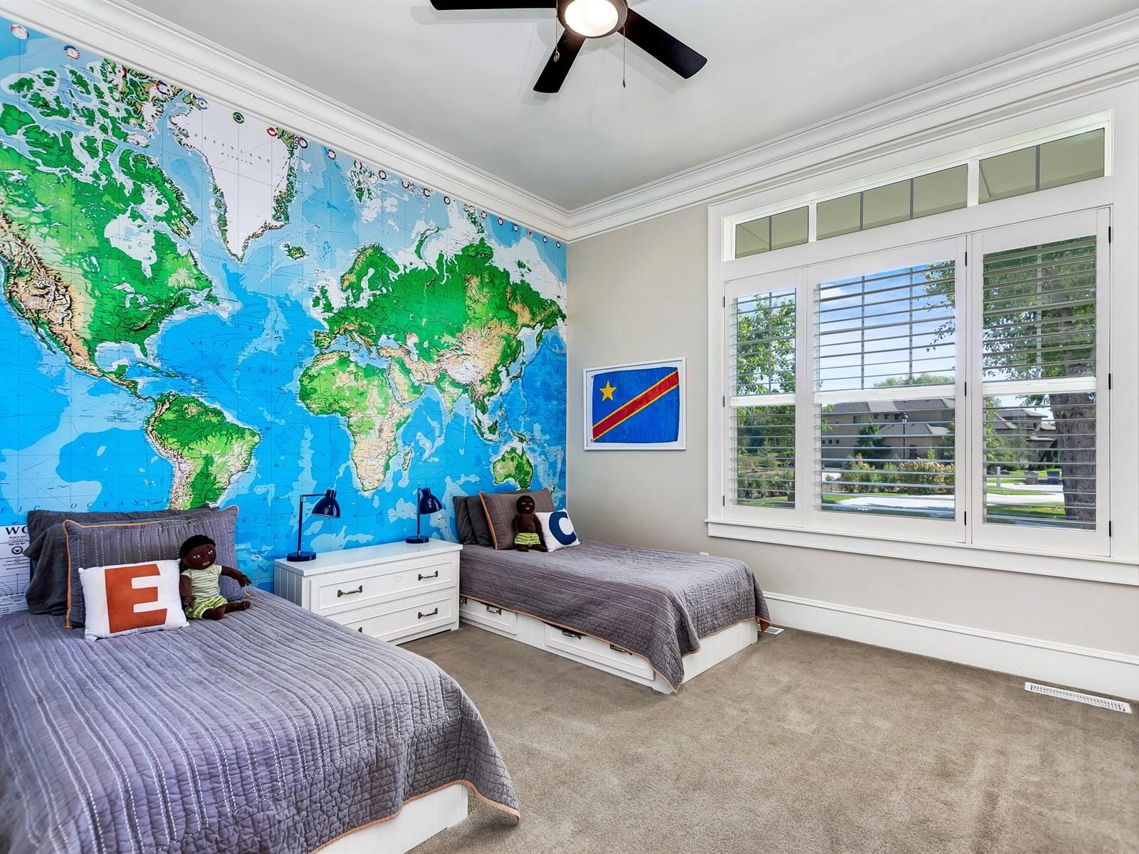 030_Bedroom .jpg