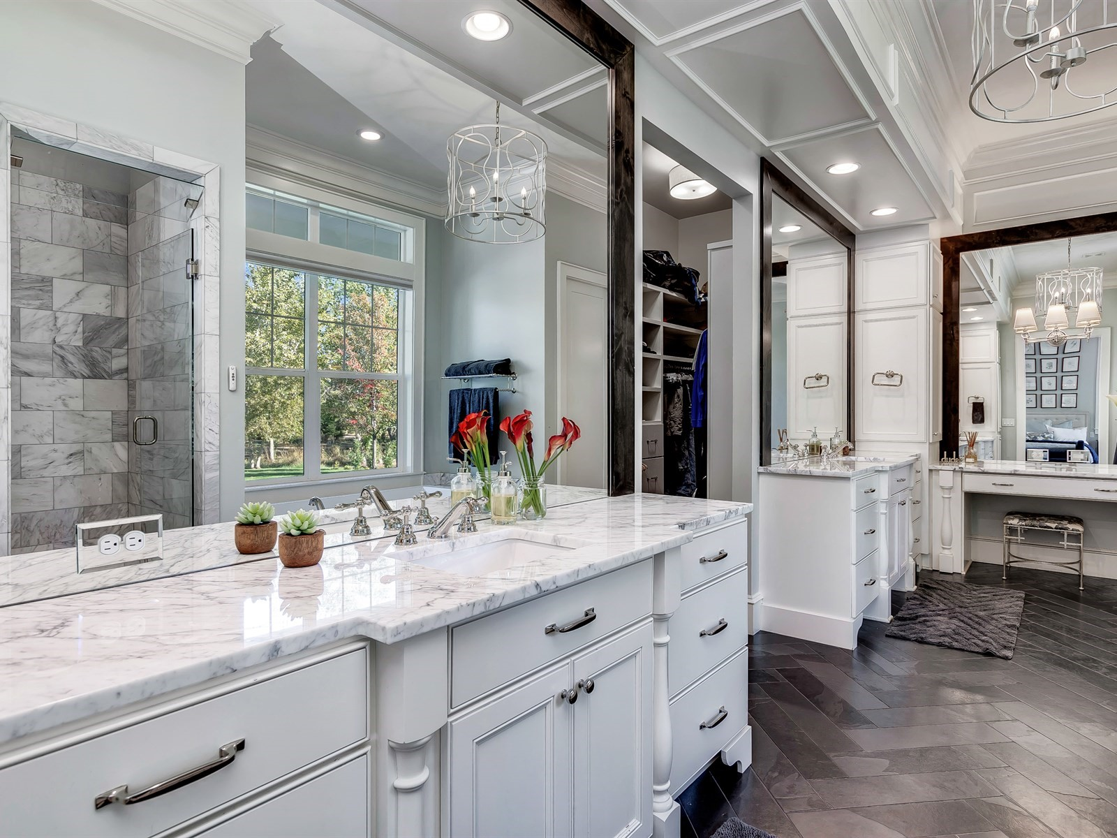 042_Master Bathroom .jpg