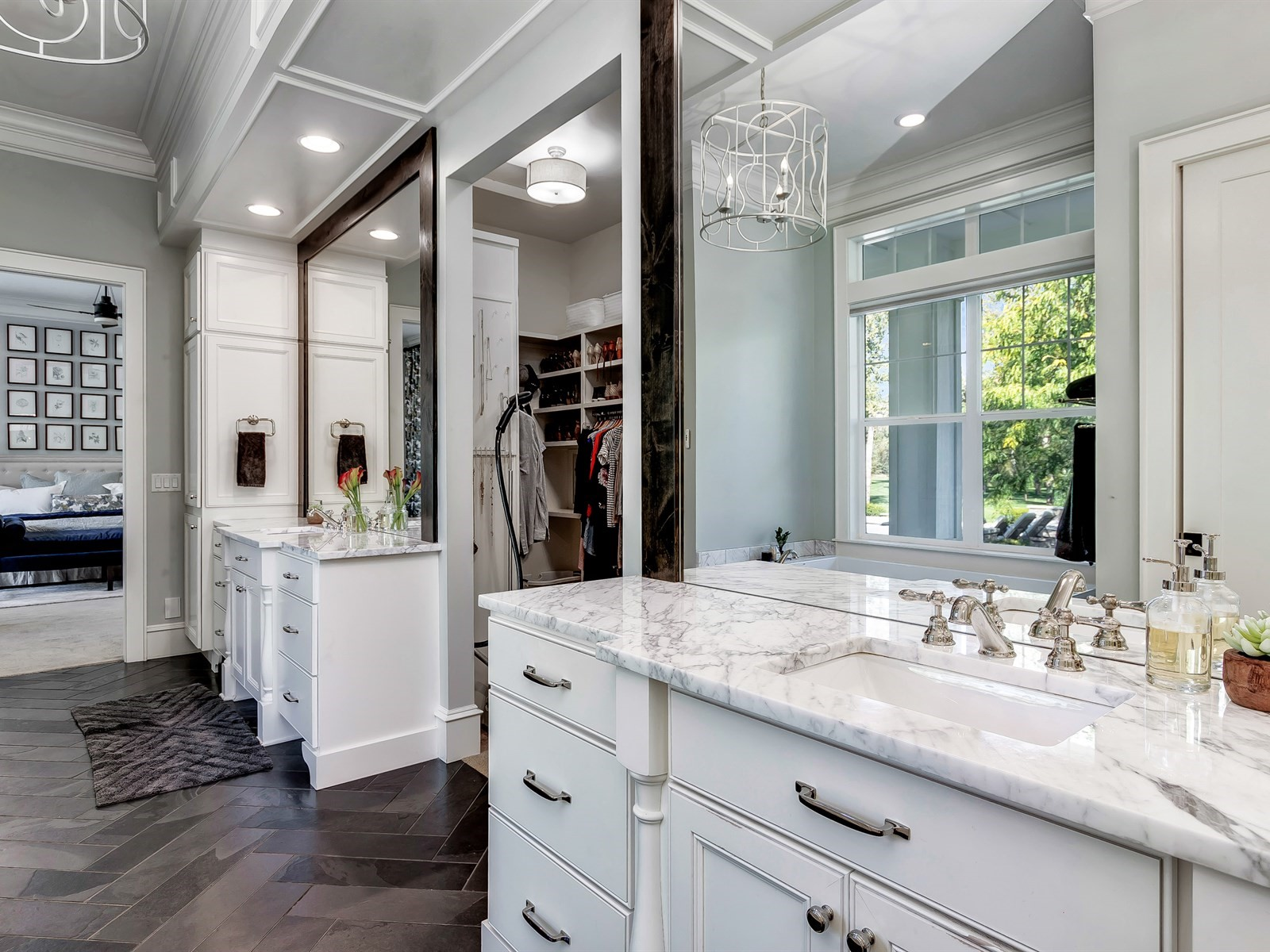 043_Master Bathroom .jpg