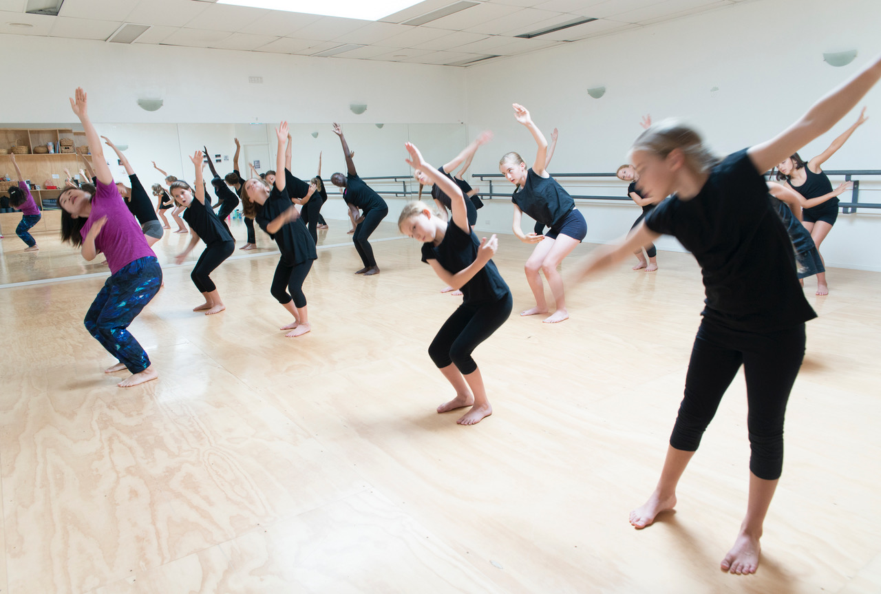 Contemporary dance - Modern, jazz and classical dance come together in our contemporary classes. Work on your agility,technique and artistic expression.Read more about contemporary dance classes.