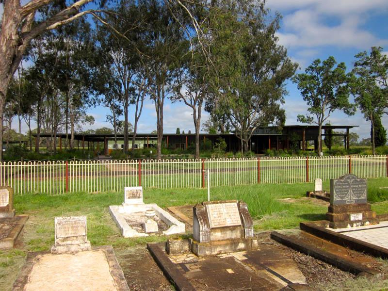 2011041535-02-KingaroyCrematorium-JohnMainwaring.jpg