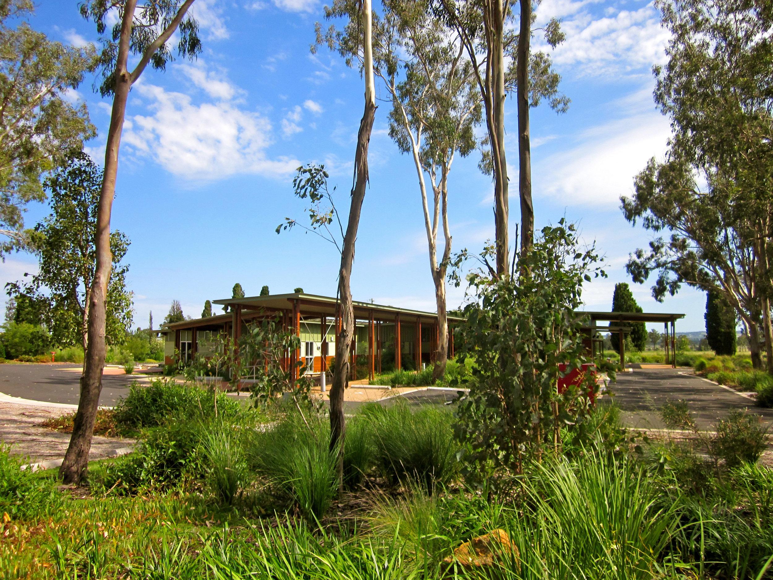 2011041535-03-KingaroyCrematorium-JohnMainwaring.jpg