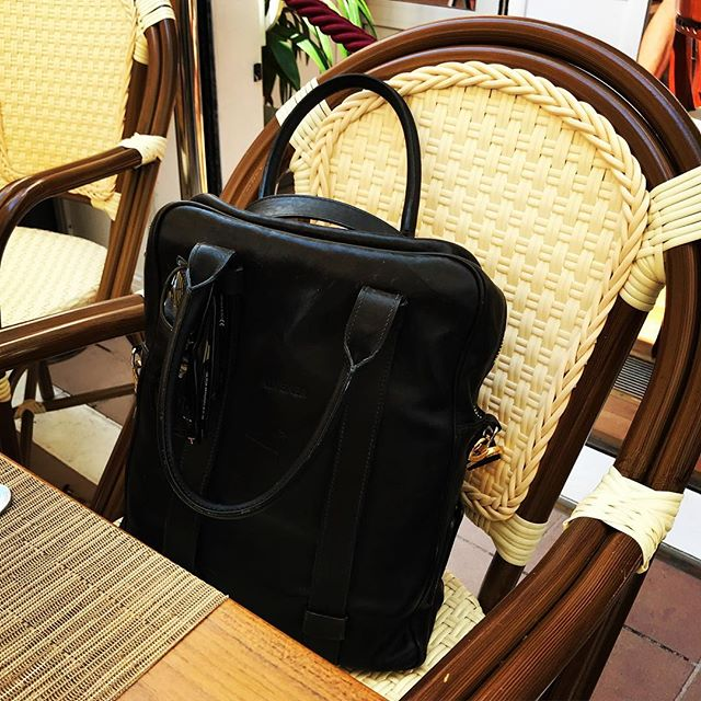 Cary Grant, Brigitte Bardot, Sean Connery: it's the Carlton Hotel in Cannes, the home of style icons. . . . . . . . . . #styleicon #laptopbag #workstyle #workinstyle #travelinstyle #travel #menfashion #menstyle #mensstyle #mensfashion #menwithclass #menswear #leatherbag #leather #realleather #vegetabletanned #vegetabletannedleather #madeinitaly #madebyhand #cannes #brigittebardot #seanconnery #carygrant #cotedazur