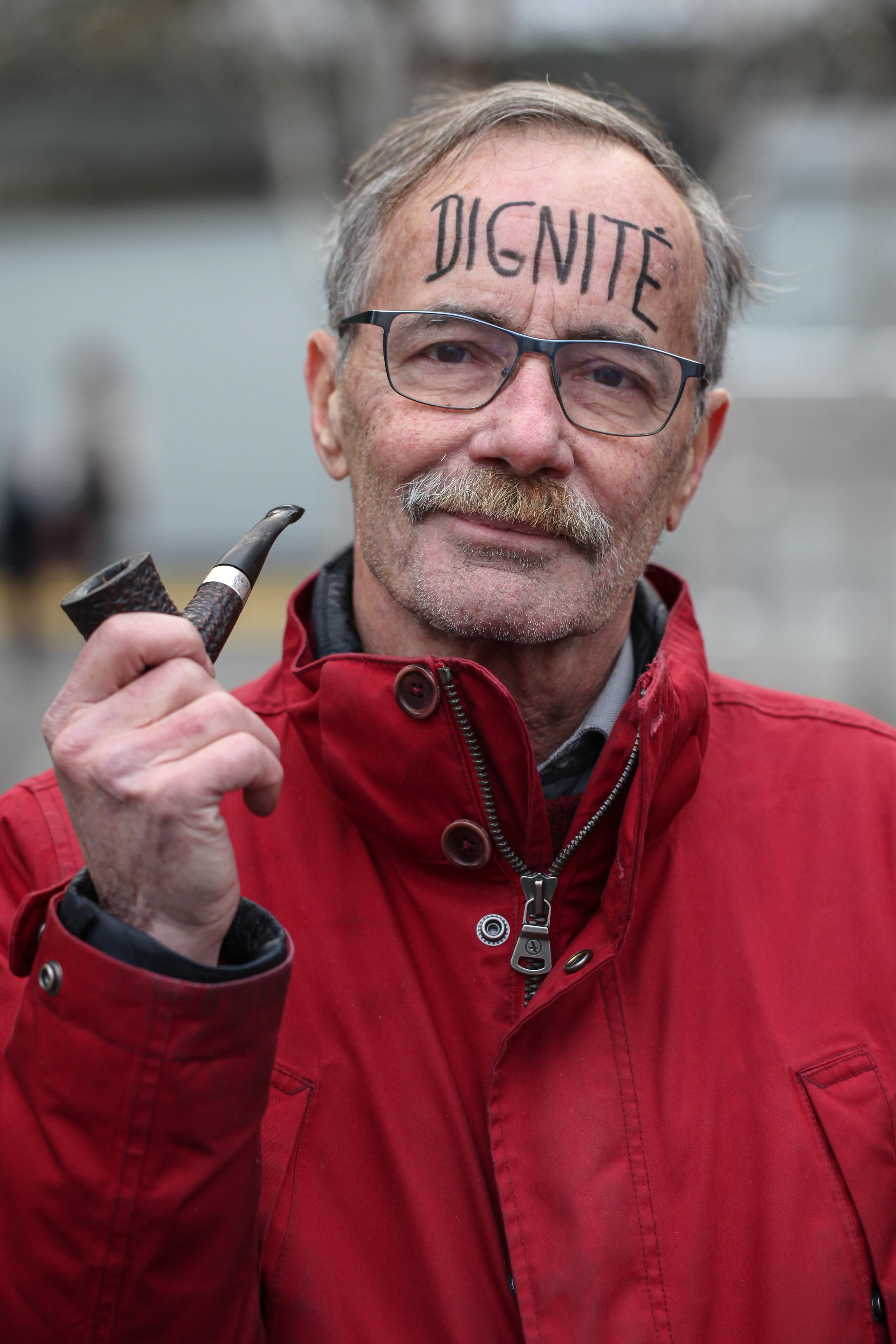 Thierry Barrigue - Dessinateur-HumoriteLa dignité que l'on rend aux autres, c'est aussi pour soi-même.