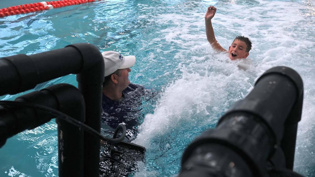 Wagga swim school.jpg