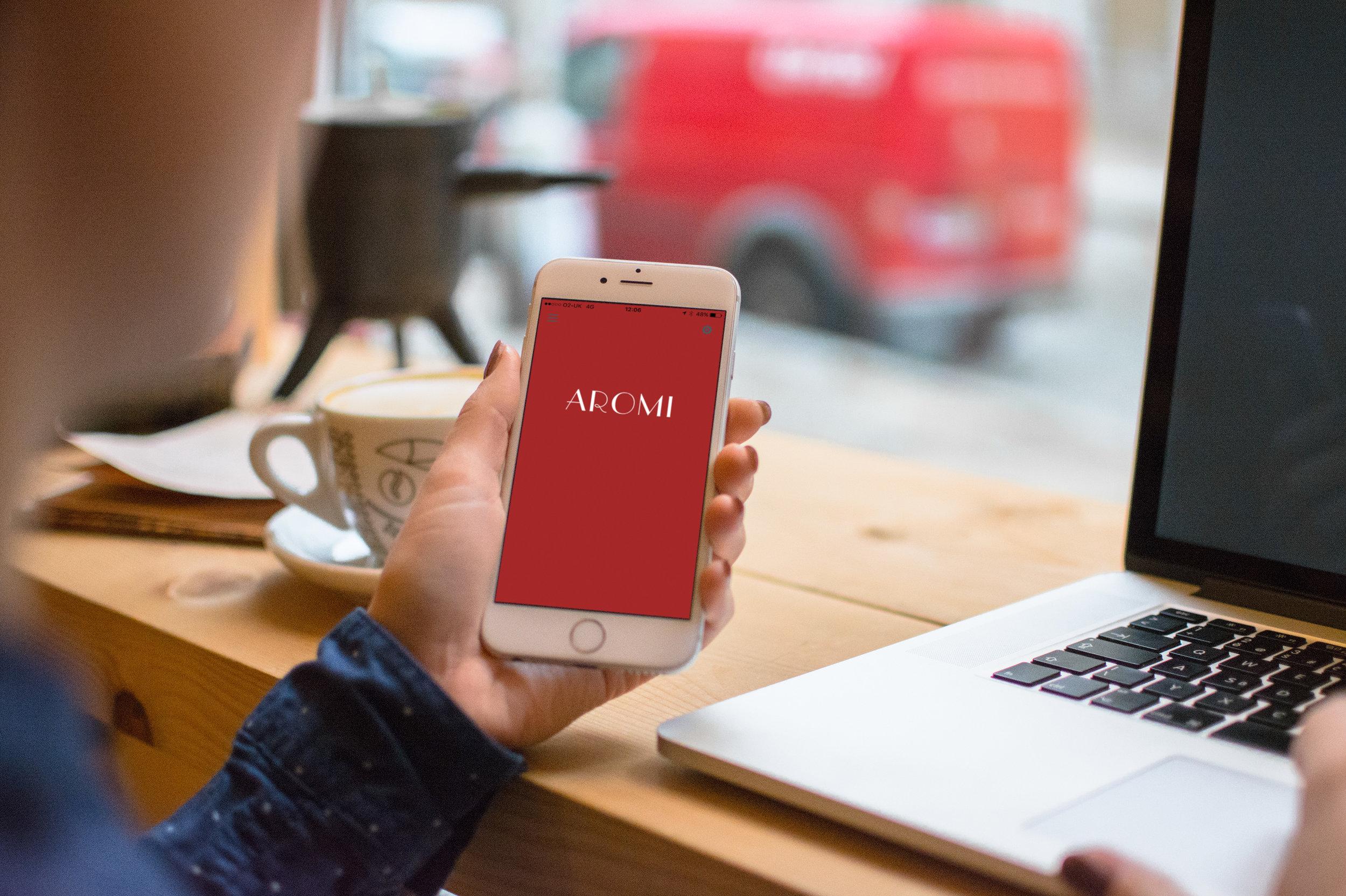 Iphone-Mock-Up-Aromi.jpg
