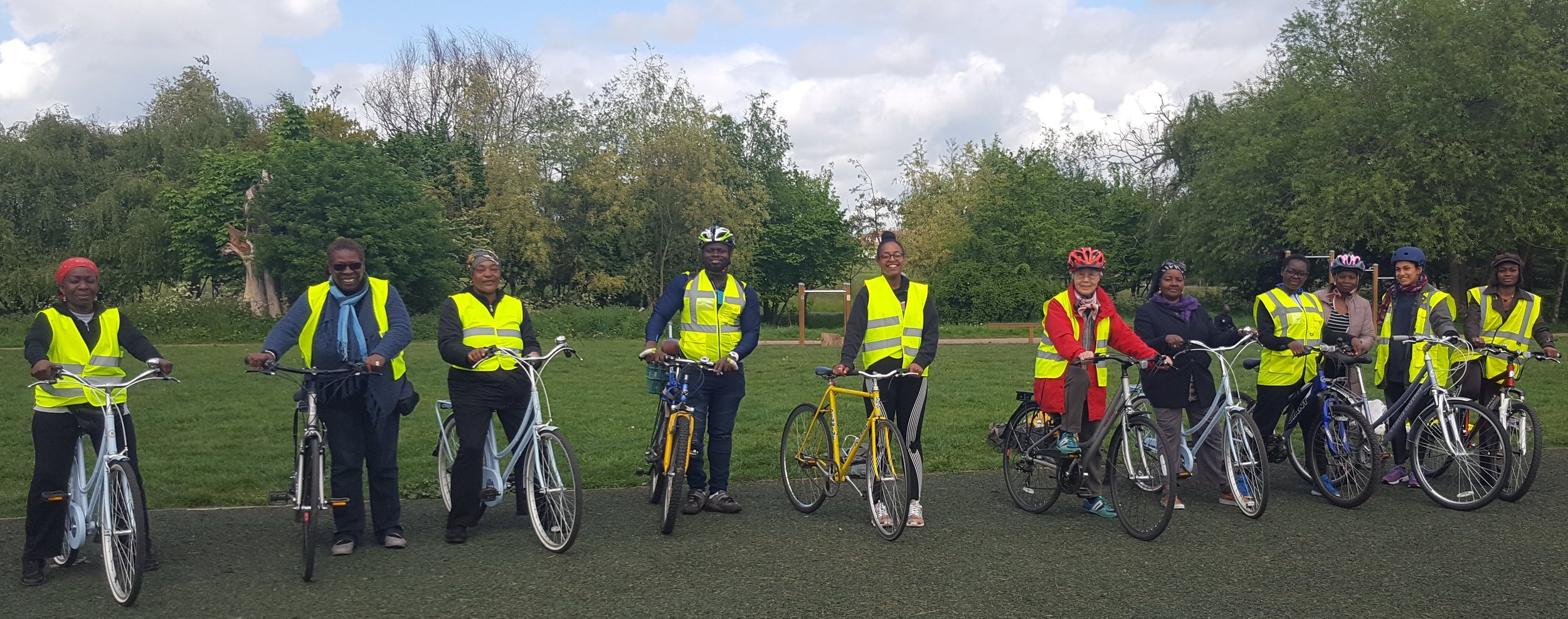 Wise Women on Wheels (Incubation project)  Wise Women on Wheels was our exciting incubation project in collaboration with Rockstone Community Foundation. It supported Black and Minority Ethnic (BME) women over the age of 45 in developing cycling proficiency.