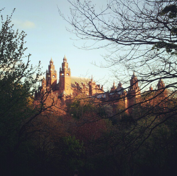 kelvingrove park and museum glasgow the style stories