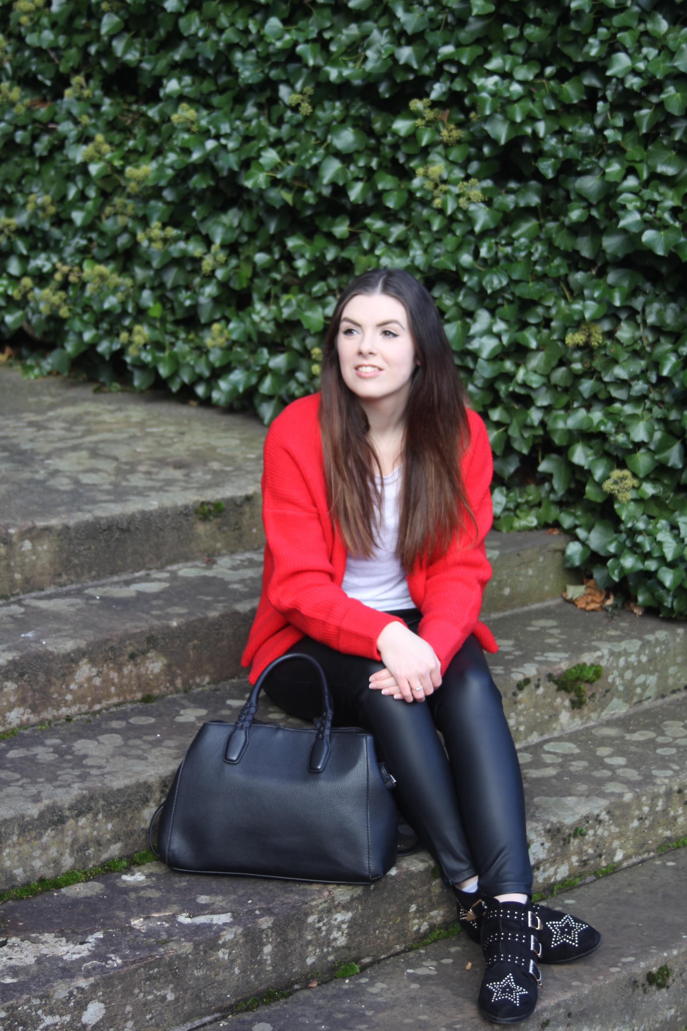 the style stories edinburgh fashion blog asos red cardigan fite tshirt