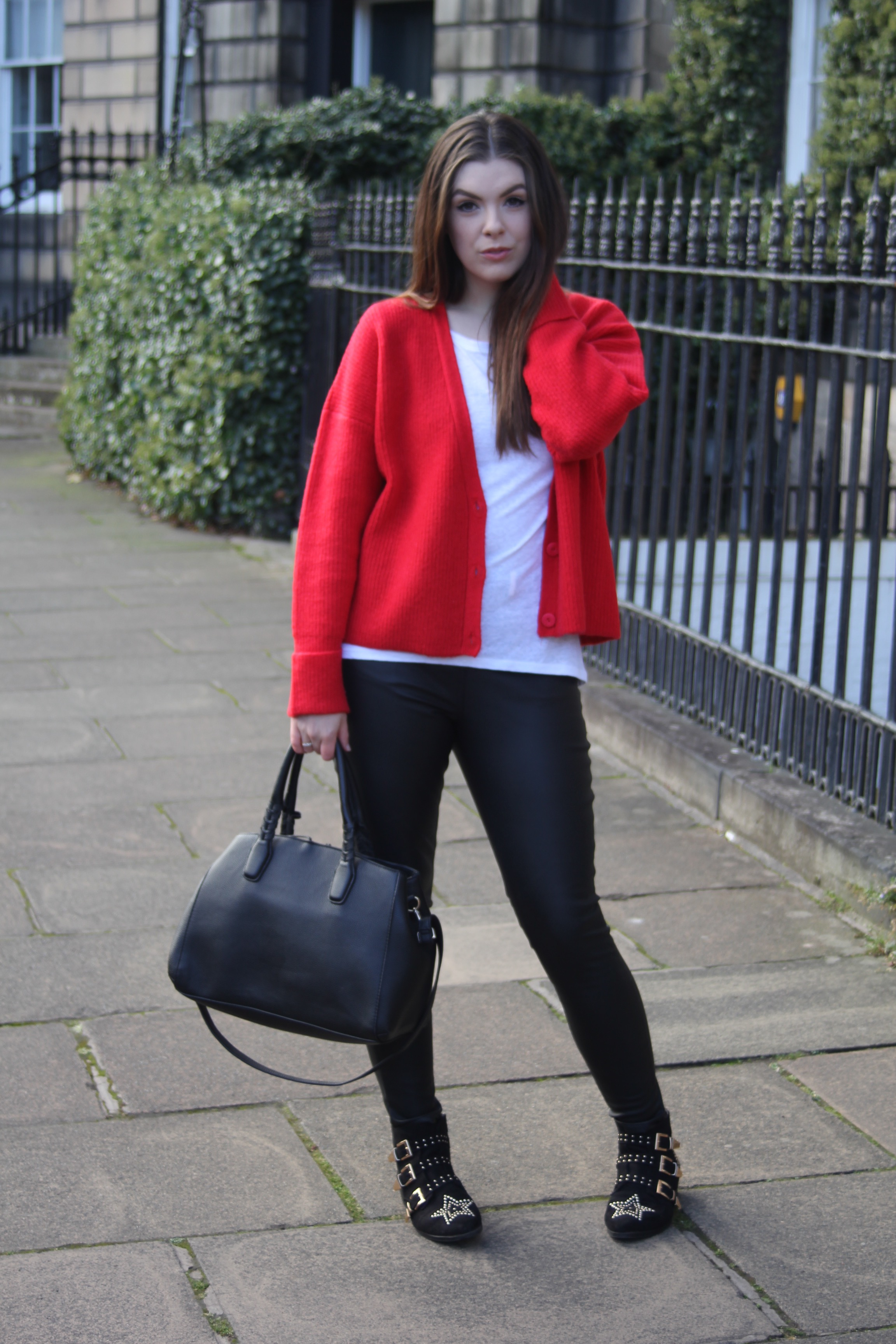 the style stories fite tee fite tshirt asos red cardigan scottish fashion blog
