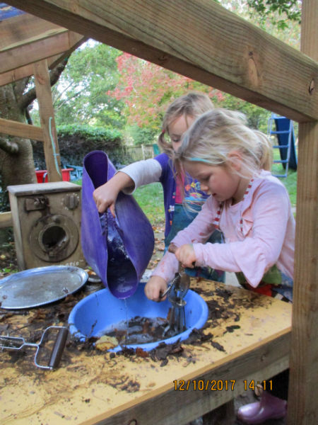 mud kitchen-w800-h600.jpg