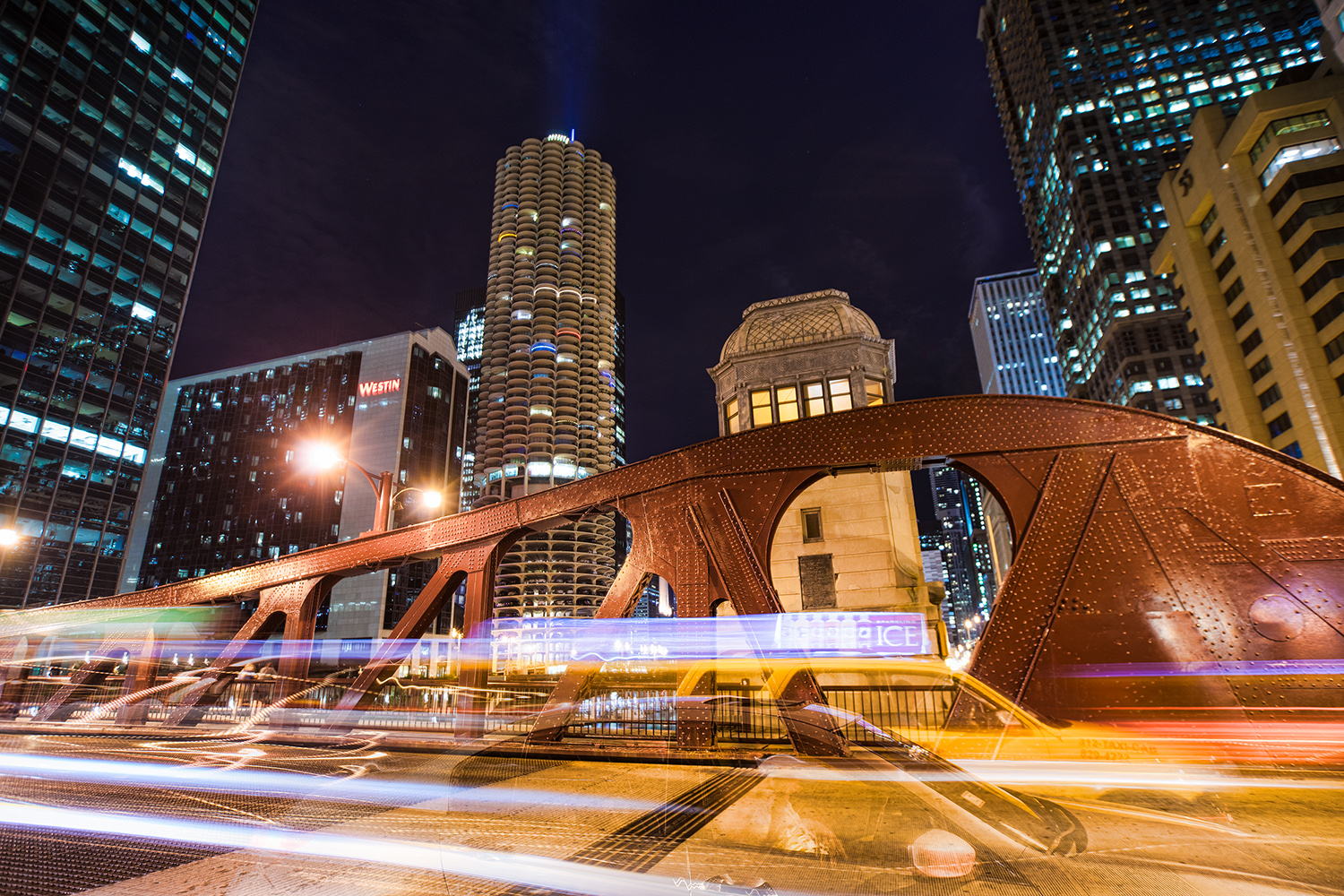 CHICAGO IMAGES - A collection of photography shot throughout Chicago and the surrounding areas. Click the image to see the full gallery and and order prints.