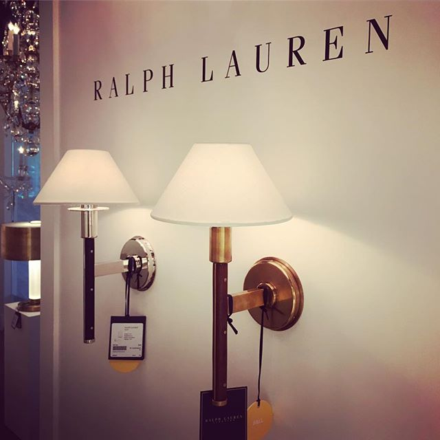 Ralph Lauren Lighting - classic, timeless and just simply hard to beat. Although more traditional, we like to mix them in with more contemporary fixtures. #ralphlauren @ralphlaurenhome #visualcomfort @visualcomfortco