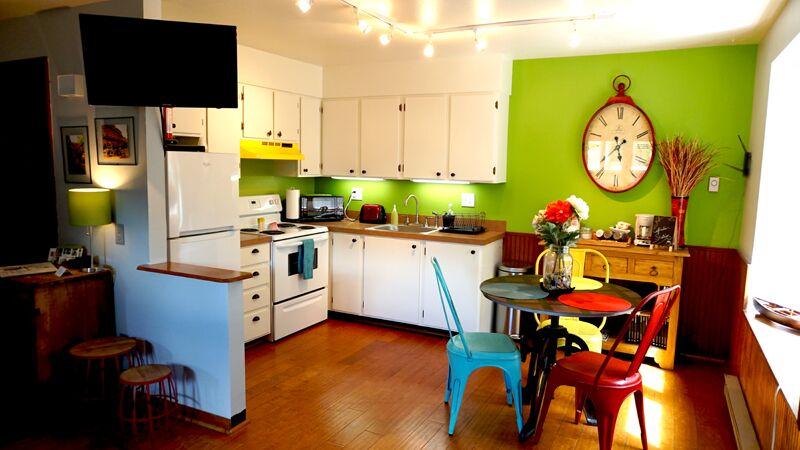 KitchenDbright.jpg