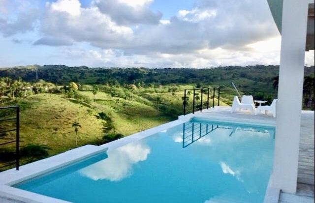 Amazing Views from Valeo Infinity Pool....