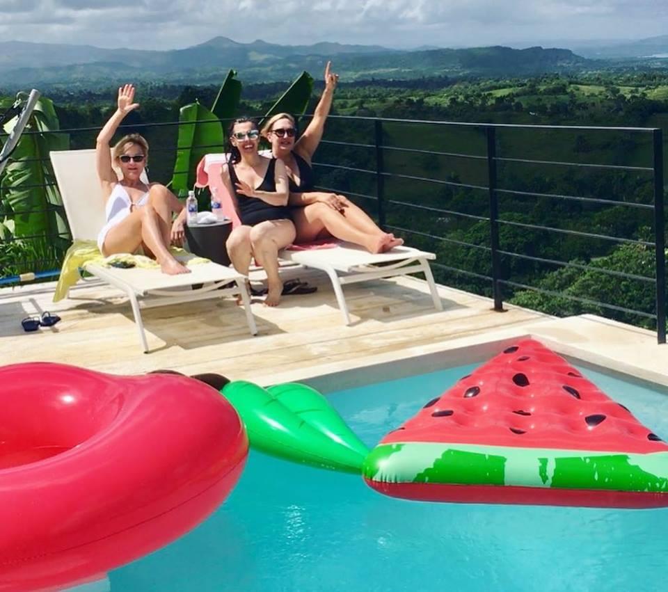 Girls and Floaties