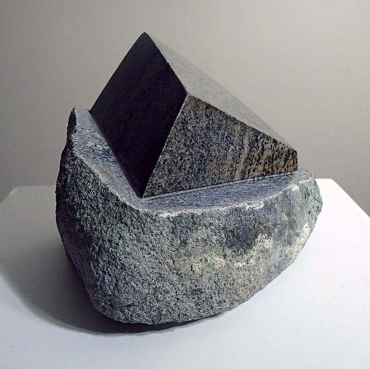 Doorstop II - 2019, Lewisian gneiss, 20 x 15 x 10 CM, 8 kg. (650