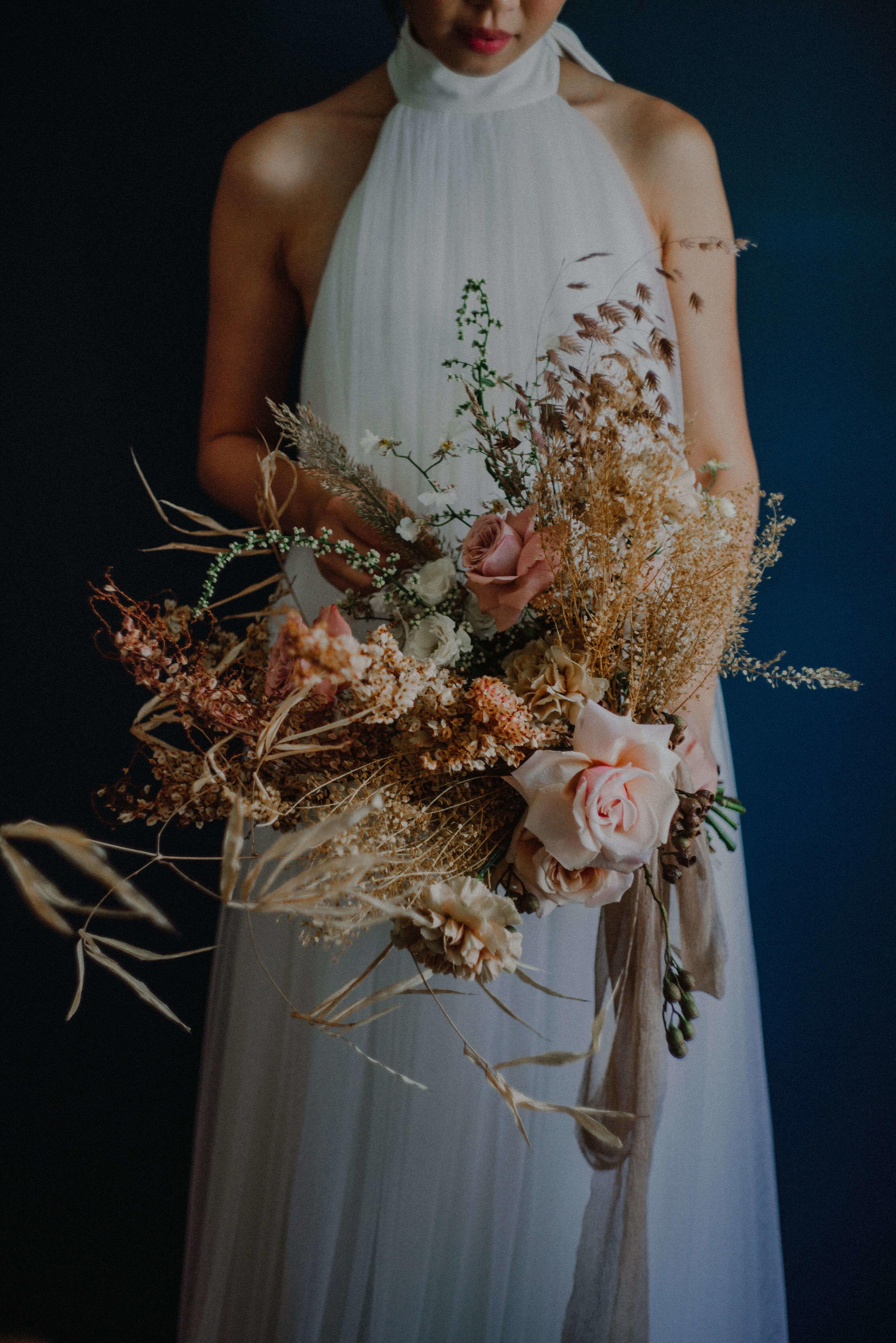 3 inch Crinkle Mocha  Photography   Bloc Memoire  , Bouquet   Bloomen  , Dress   Truly Enamoured   ,  HMUA   iheartblooms