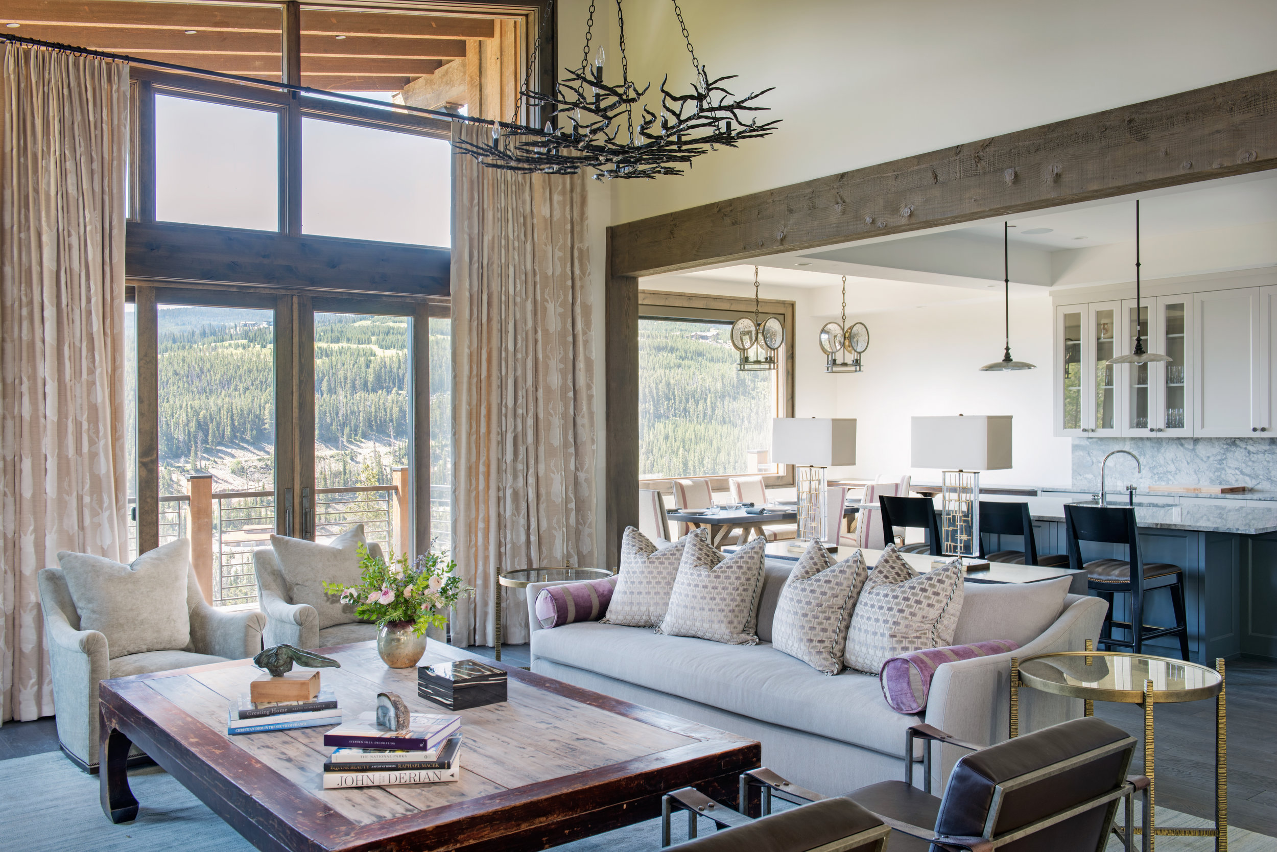 © Traci Rhoads Interior Design, Private Residences and Country Clubs, Big Top, Montana