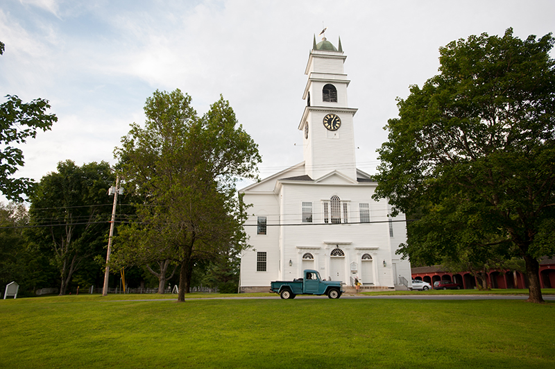 Lyme Congregational Church - Near Dowds' Country Inn - Lyme, NH - https://70c97aaea282a207d81b-f84eee09323602e80e90b9678fa5fc9b.ssl.cf5.rackcdn.com/wp-content/uploads/2014/06/08072013-380.jpg