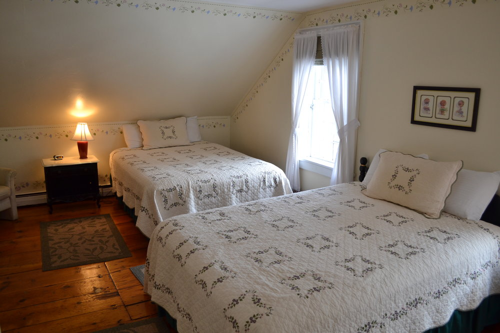 The Dowds' Country Inn   Country Comfort    Book Now