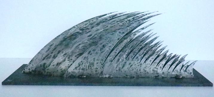 Bernardo Salcedo Tsunami Mutiple en Acero 4:5 60 x 20 x 22cm.jpg
