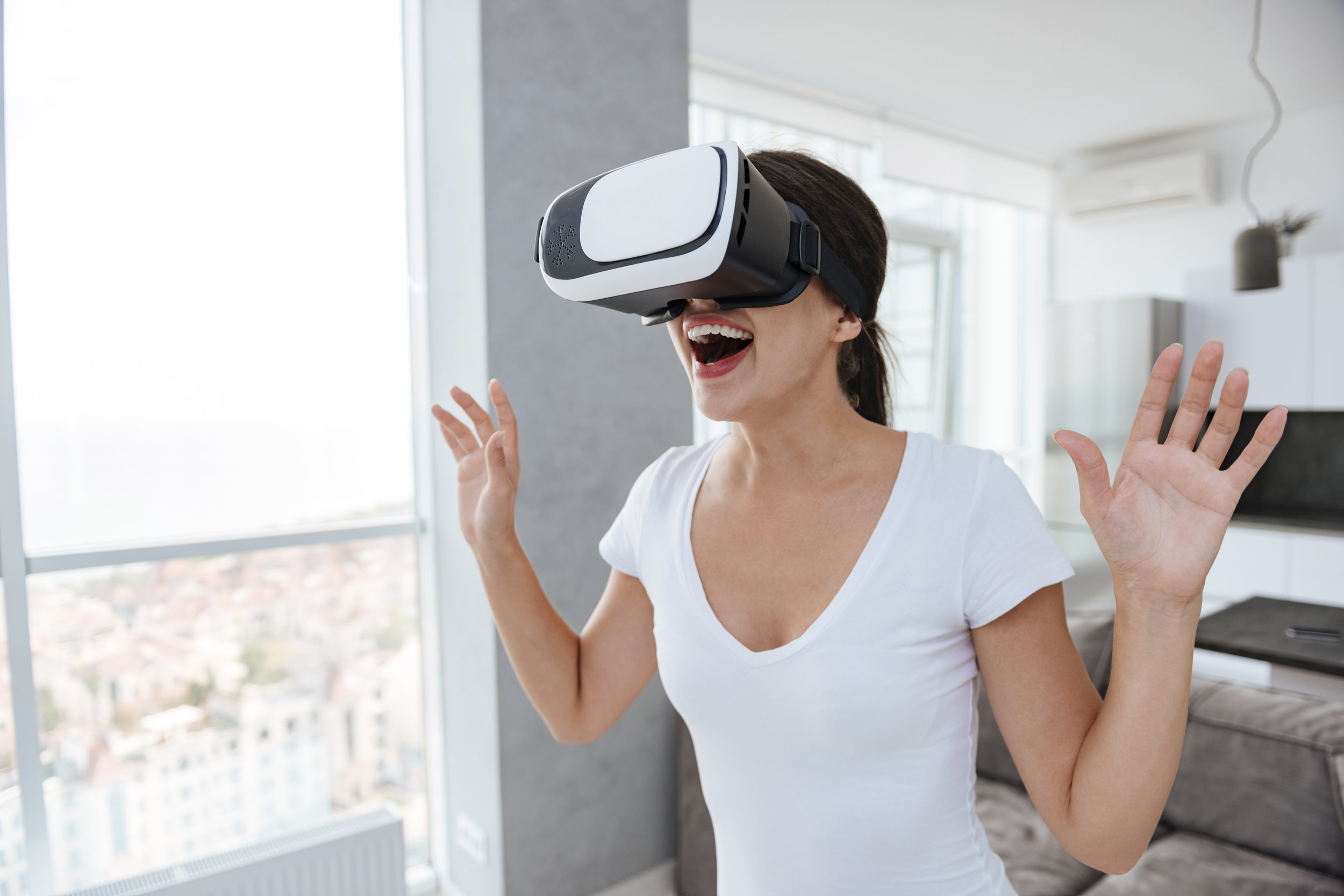 8. Deep Dive in VR - The team elects Sara to lead the quest. Chen grabs the old school console controllers and tosses her the VR headset. She hesitates before putting it on. Maybe she'll just keep meditating instead--nah!
