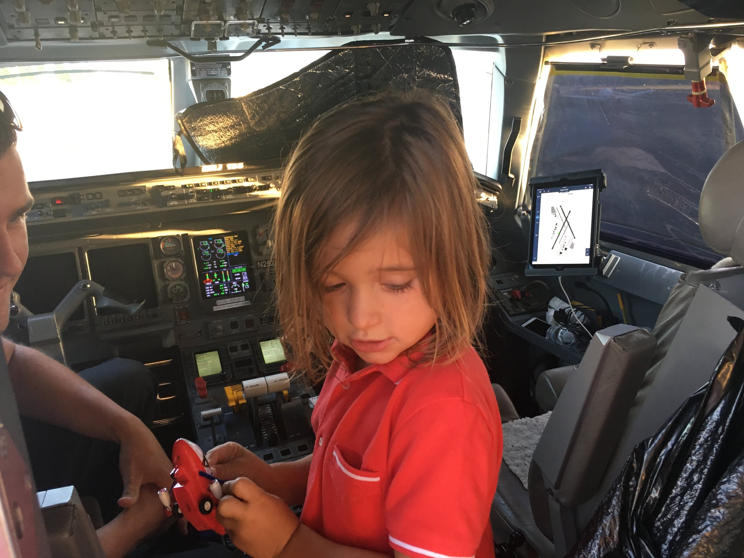 Friendly pilots showed Hudson the ropes!
