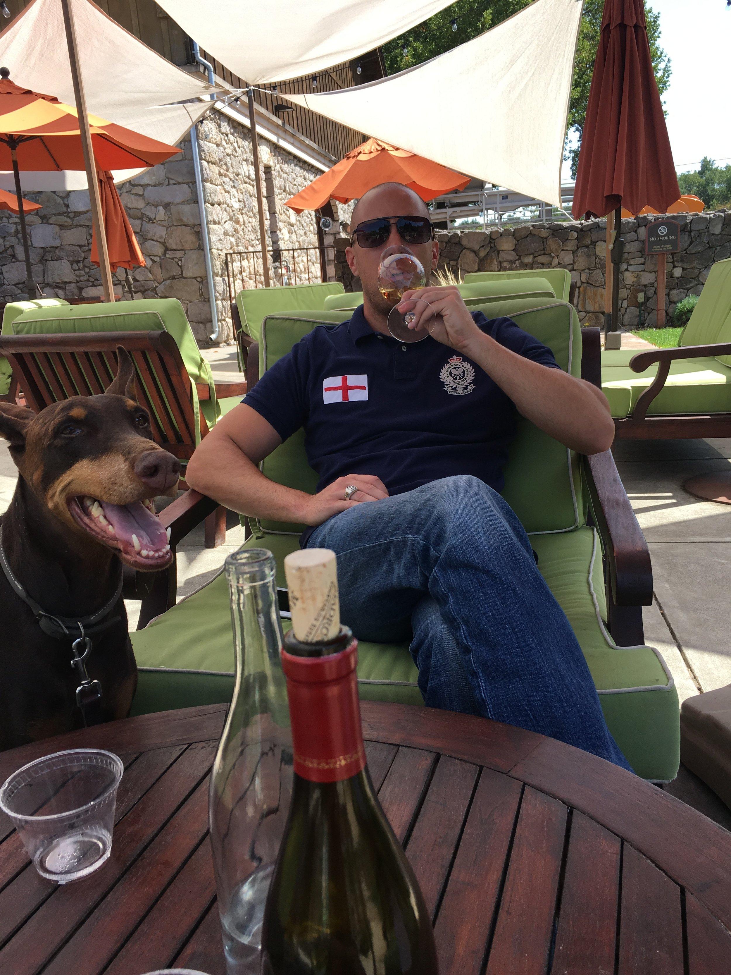 We love dog friendly Wineries!