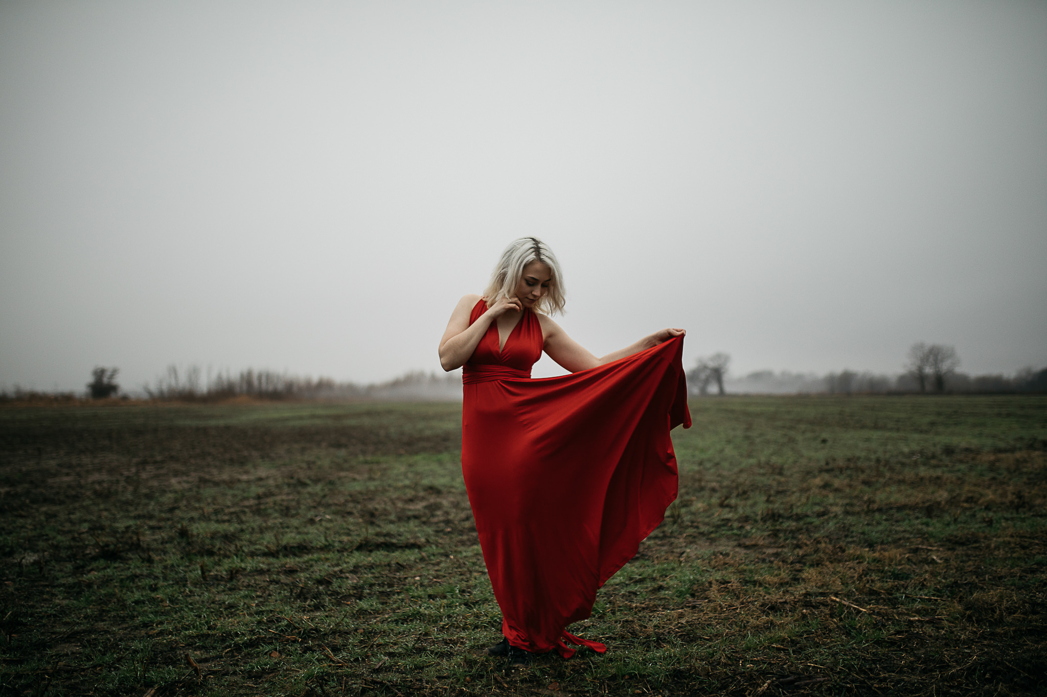 Hosanna-Memphis-Bridge-Red-Dress-Fog-15.jpg