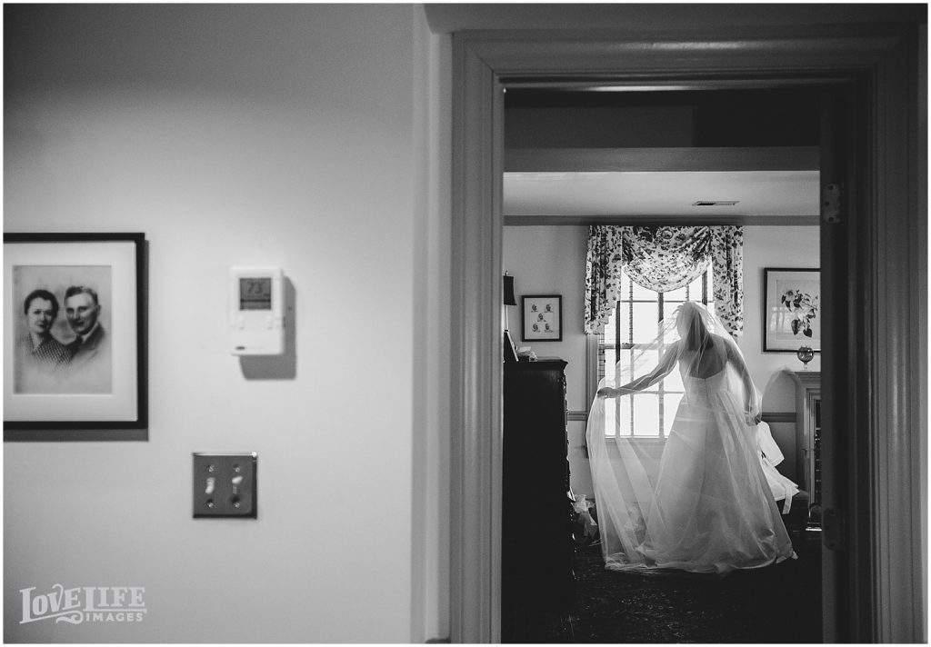 Columbia-Country-Club-Wedding_0006-1024x712.jpg