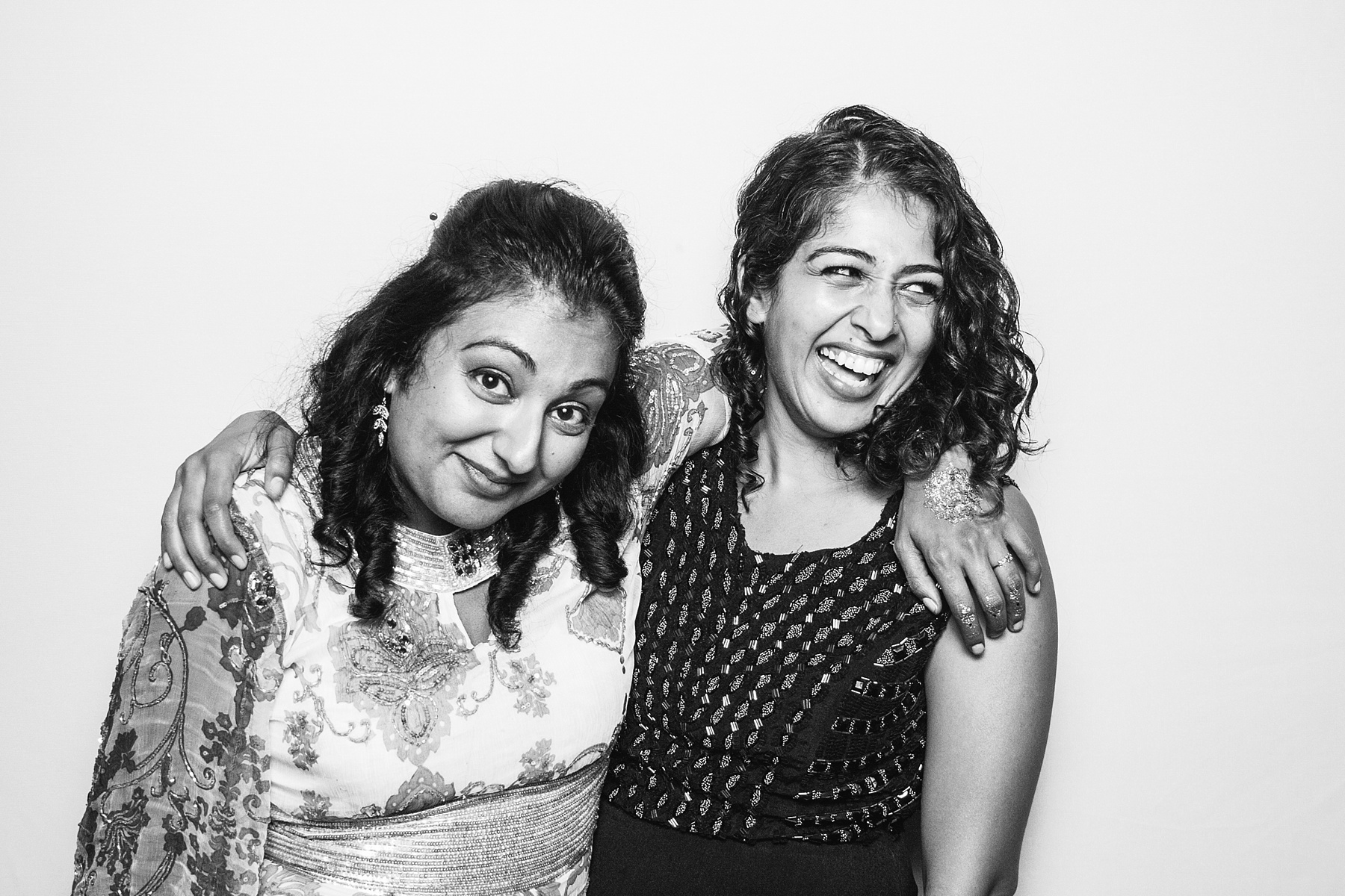 Black and White Wedding Guest Portraits 006.jpg