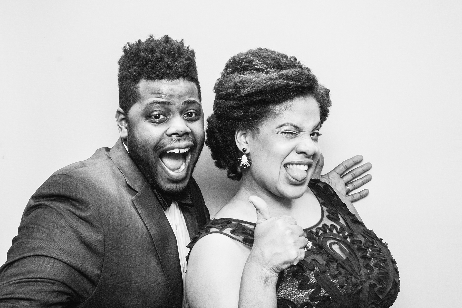 Black and White Wedding Guest Portraits 008.jpg