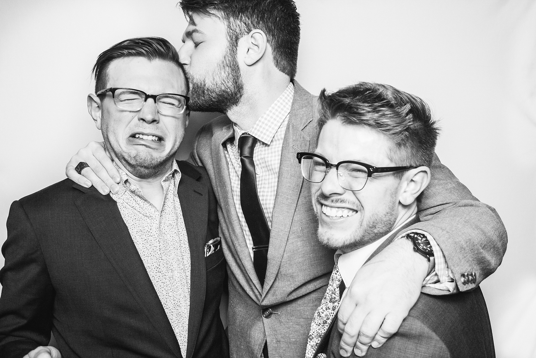 Black and White Wedding Guest Portraits 010.jpg