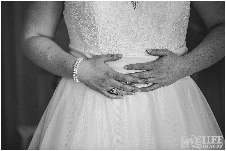 Bluemont Vineyard Wedding_0005.jpg