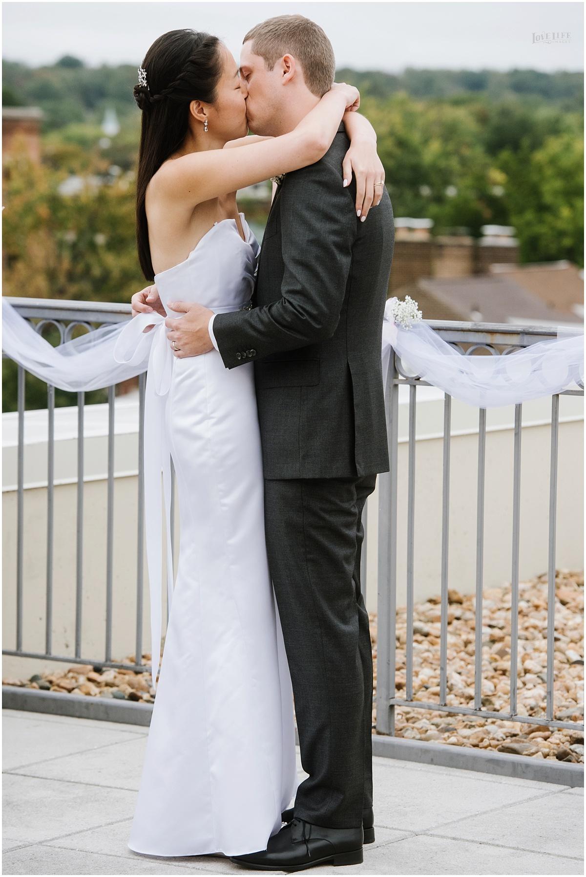 Lorien Hotel Brunch wedding first kiss.JPG
