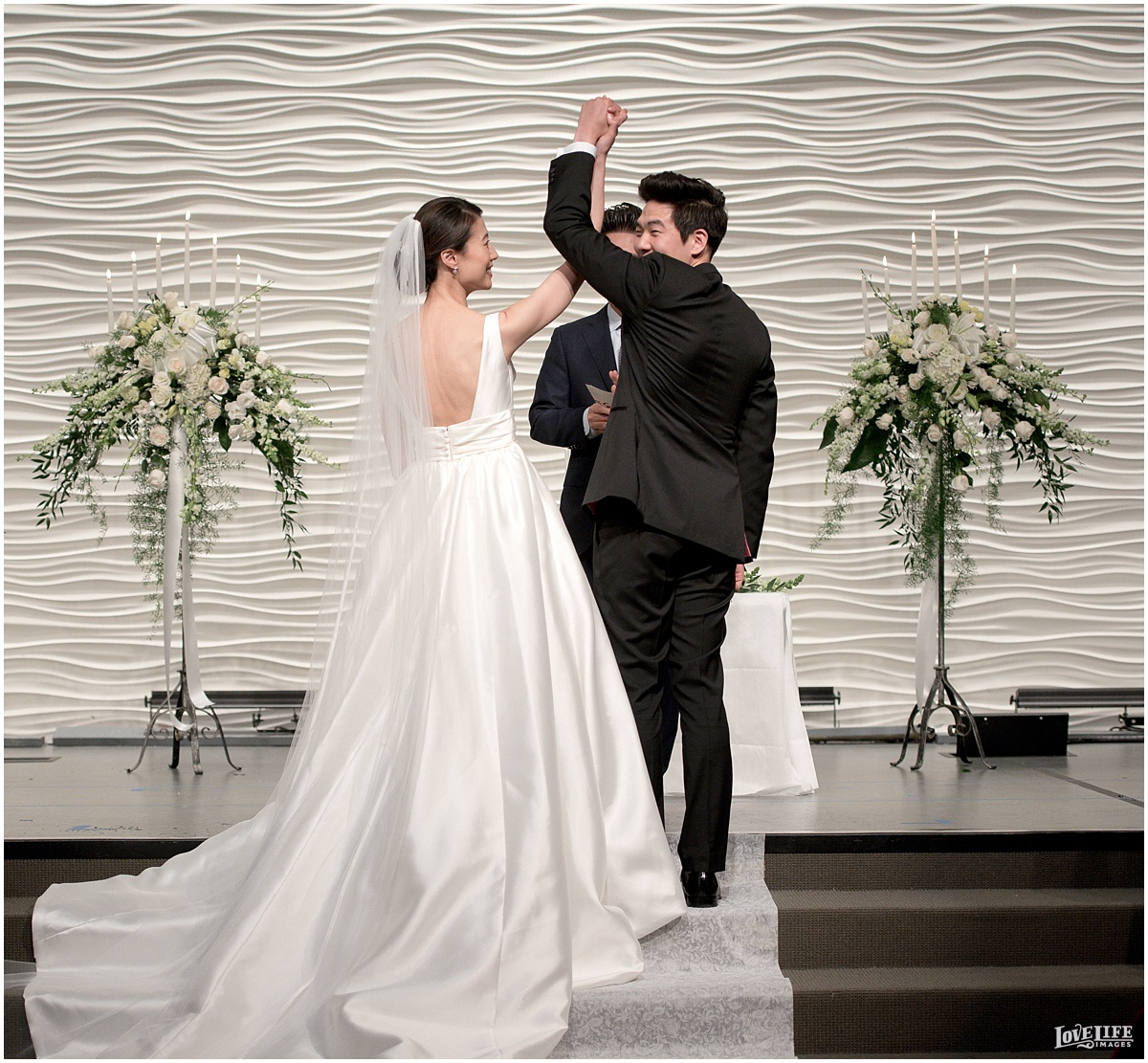 Newseum DC Wedding_0020.jpg