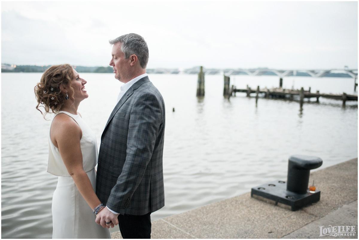 Hummingbird VA Wedding waterfront portrait.jpg