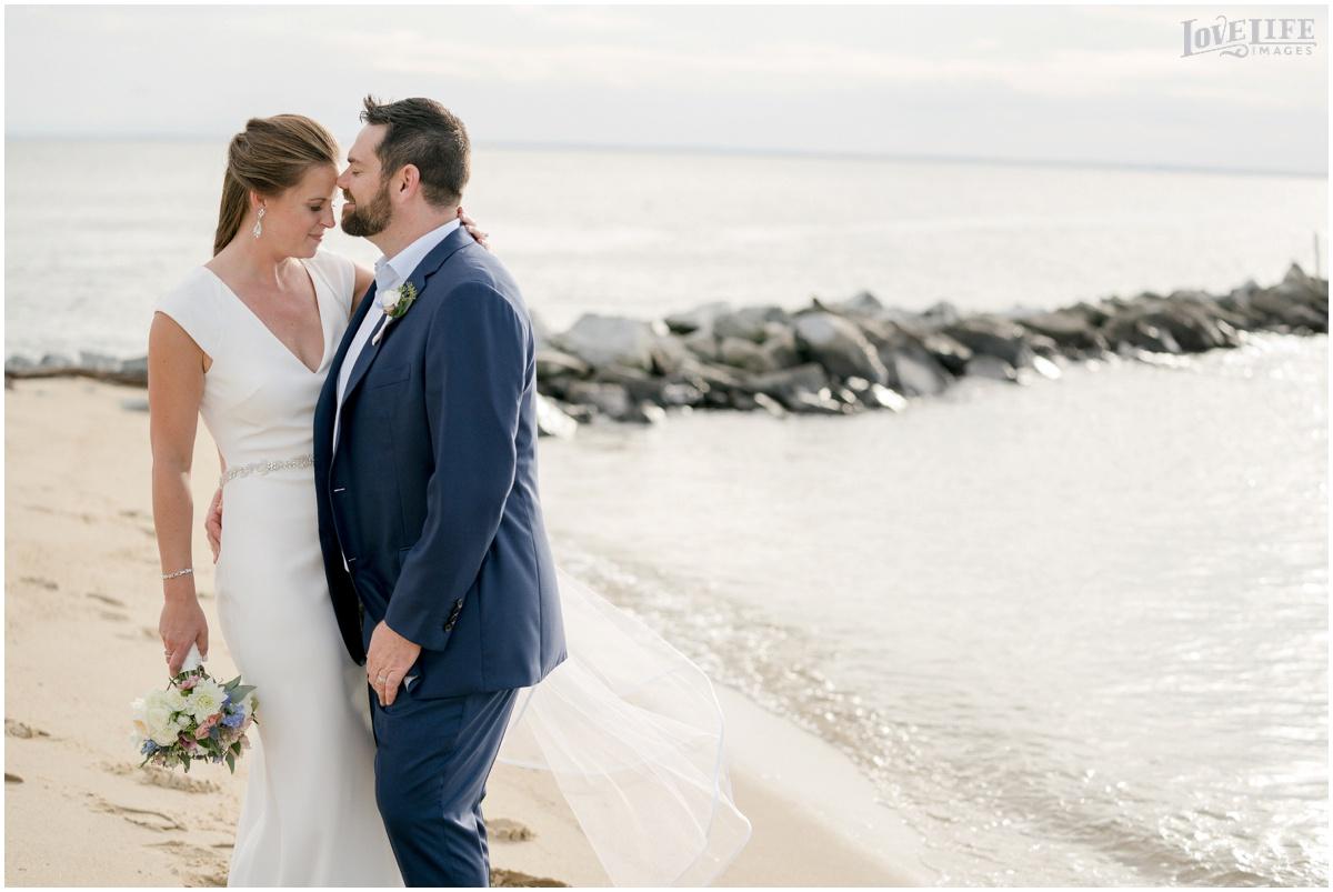 Silver Swan Bayside Wedding beach portrait.jpg
