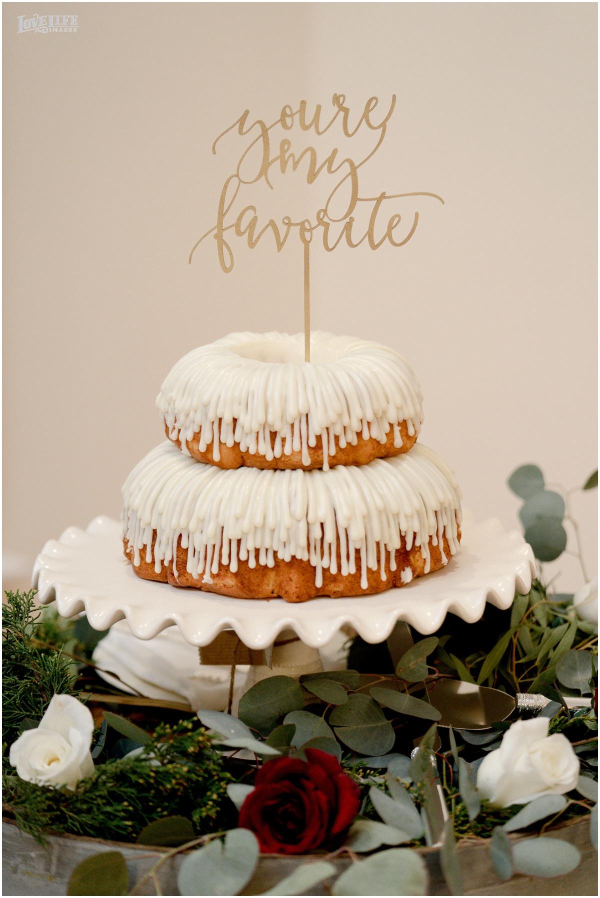 Breaux Vineyards VA Wedding bundt cake.jpg