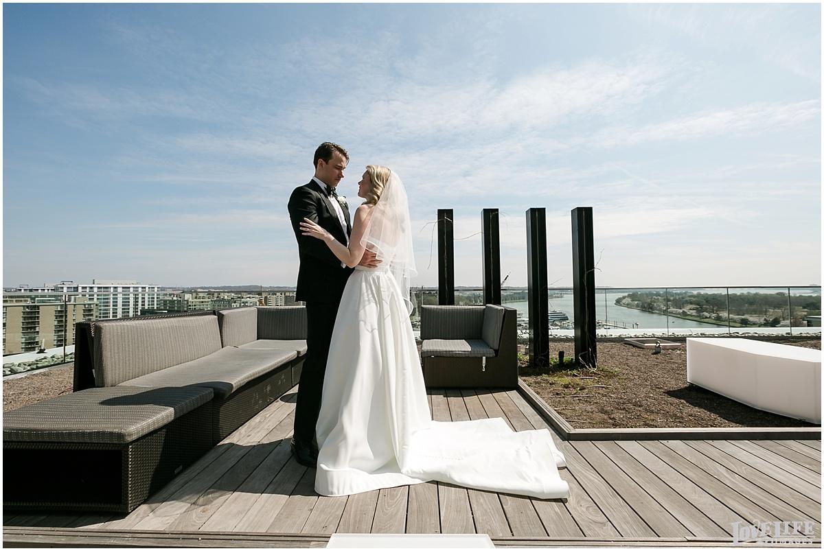 Spring District Winery DC Wedding_0010.jpg