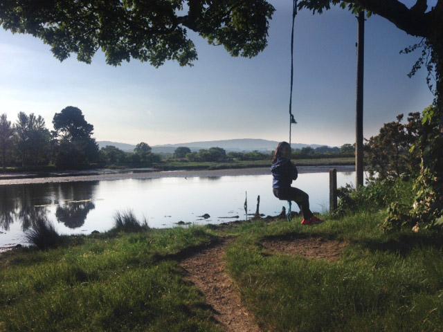 swing_lake.jpg