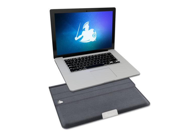 defendershield-laptop-emf-radiation-sleeve1b-768x540 (1).jpg