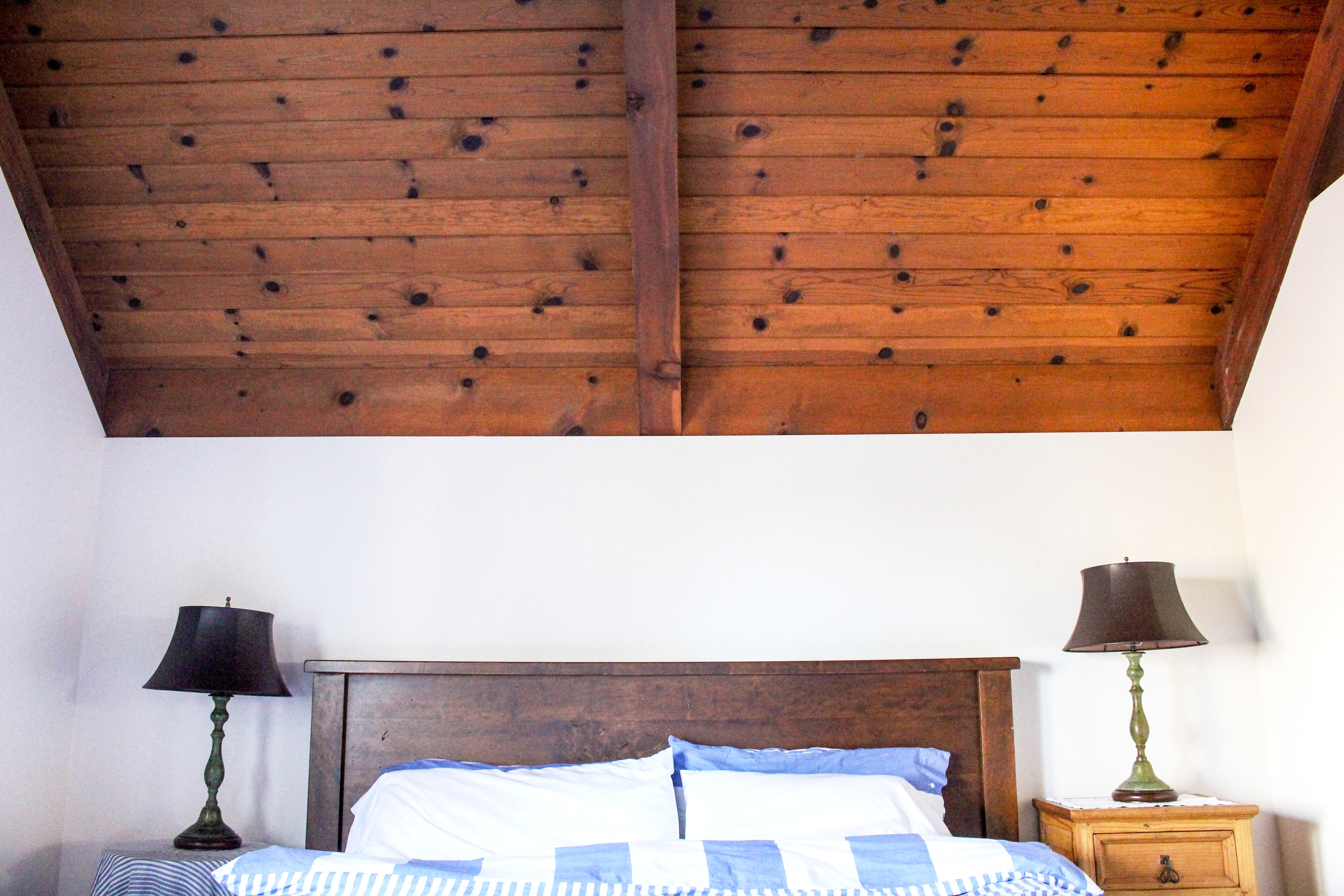 Heart eyes for these cabin ceilings from one of our recent getaways!