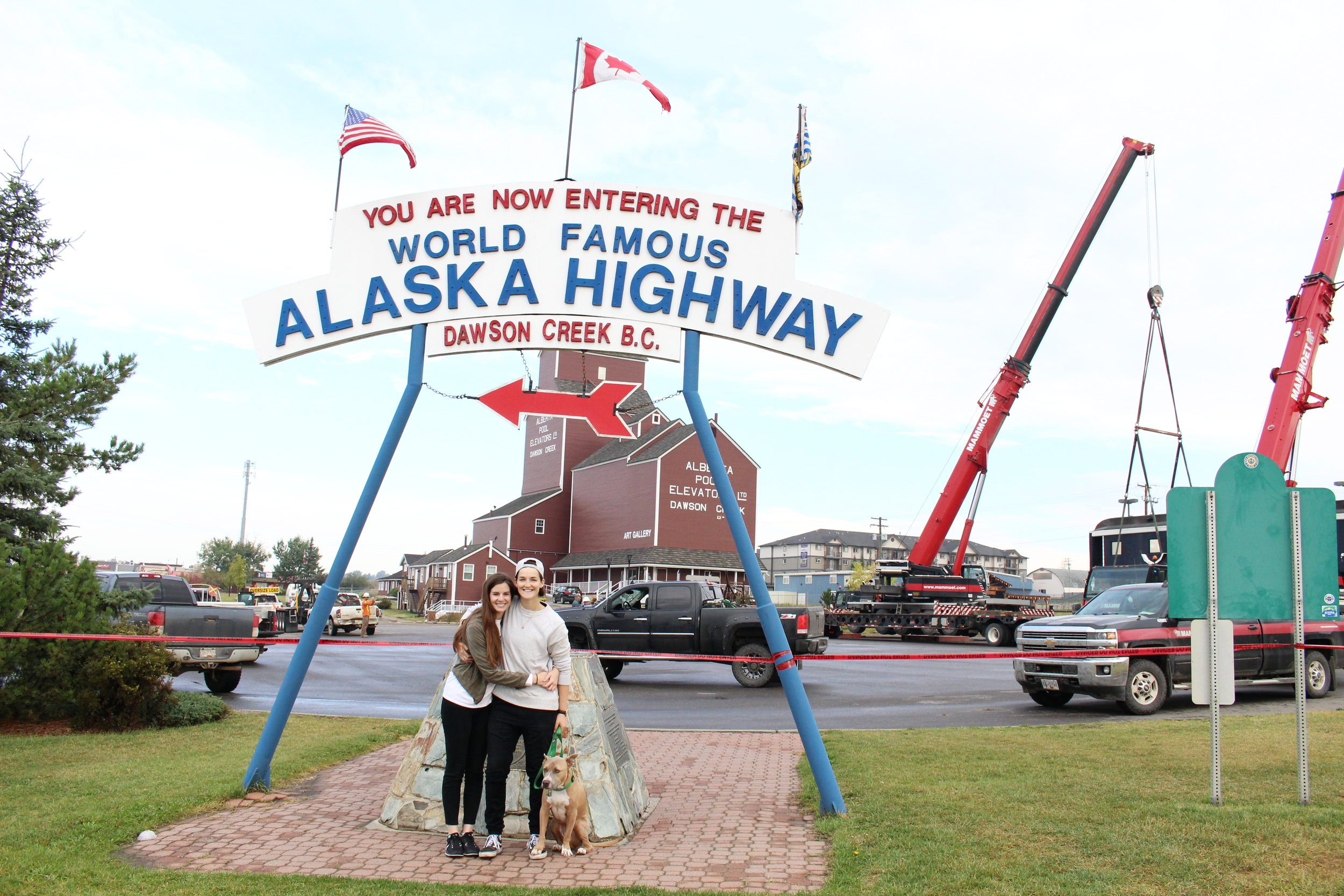 Alaska_Highway_Sign