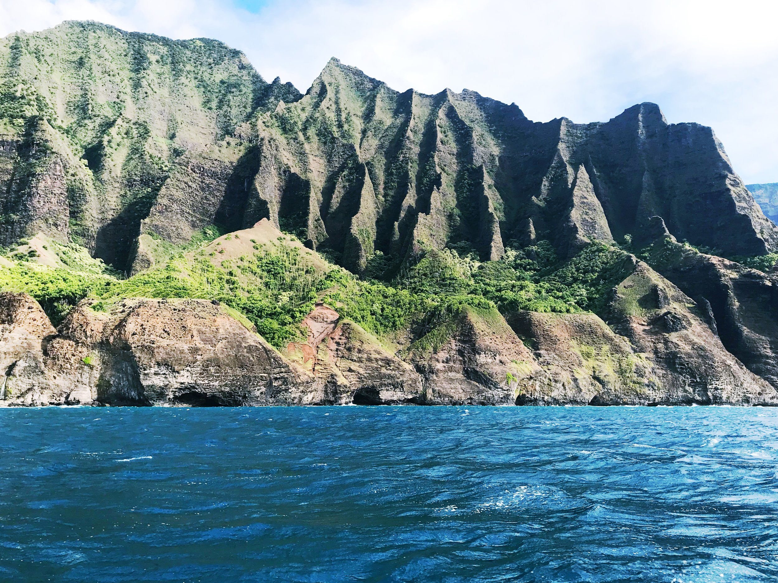 Na_Pali_Coast_Mountains