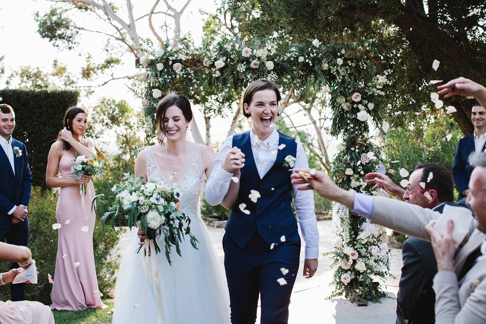 Wedding_Ceremony_Petal_Toss