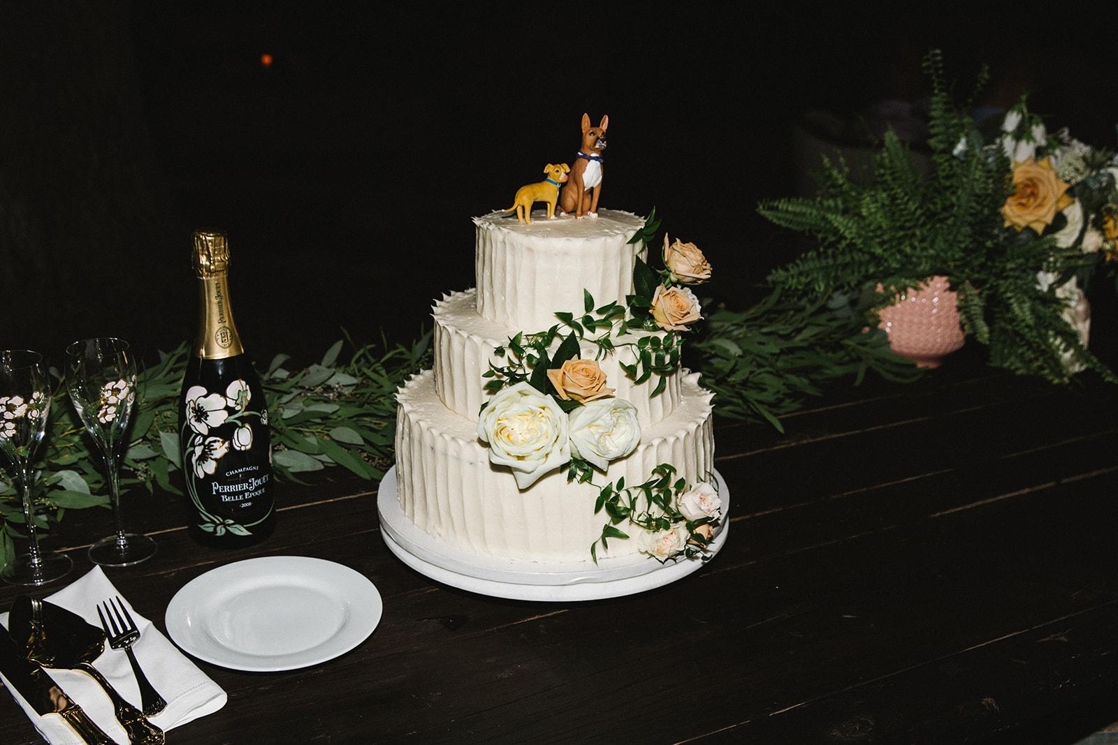 Susie_Cakes_Wedding_Cake